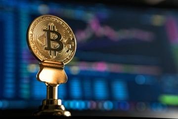 Bitcoin снова ставит рекорды: криптовалюта «перепрыгнула» отметку в $60 тысяч