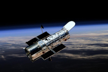 Hubble показав молоду комету біля Юпітера