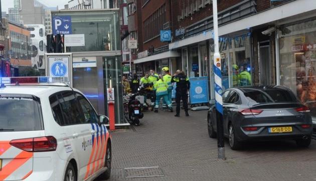 В супермаркете Гааги произошла резня, нападающий ранил двух человек