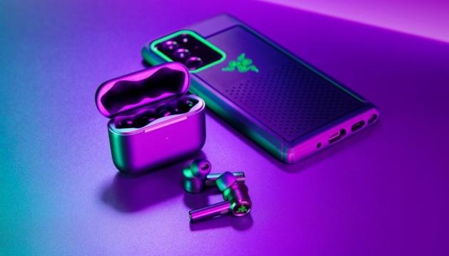 Музыкальные «молоточки»: Razer представил новые беспроводные наушники