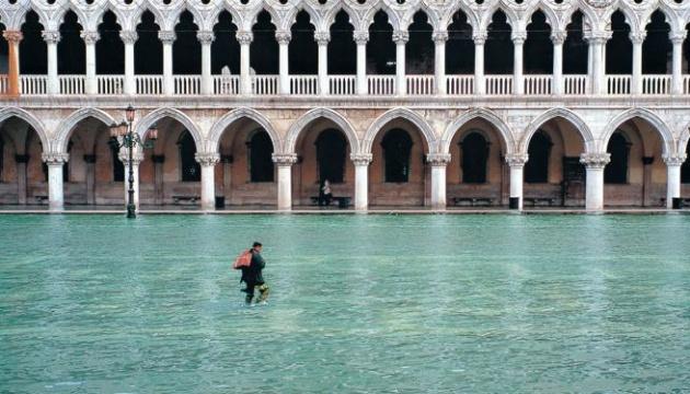 Венецію затопило через помилку у прогнозі – не запустили дамбу