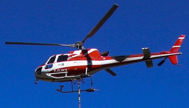 Во французских Альпах разбился вертолет со спасателями, пятеро погибших