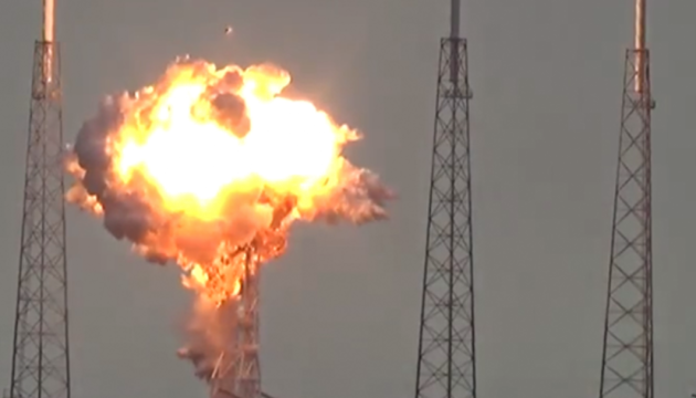 Илон Маск объяснил причину взрыва Starship