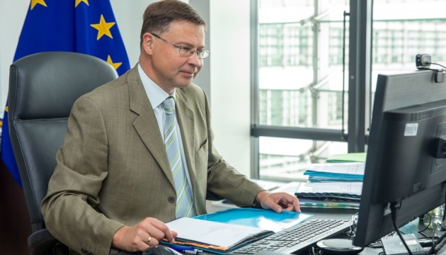 EU-Handelskommissar: Ukraine bleibt die viertgrößte Exporteurin von Lebensmitteln in die EU
