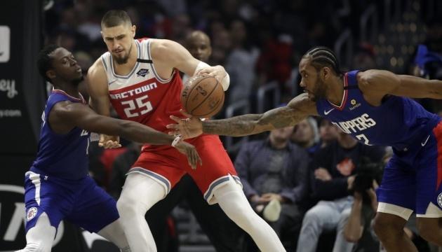 Баскетбол: Олексій Лень не буде стартовим центровим в «Торонто»