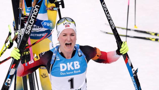 Норвежка Ройселанд выиграла персьют на III этапе Кубка мира по биатлону, Блашко - 18-