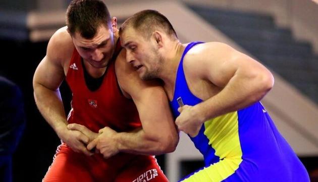 Кучмій приніс Україні другу медаль на Кубку світу з боротьби в Сербії