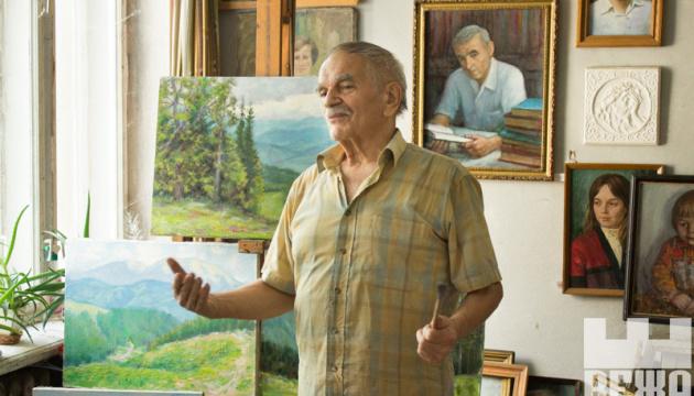 Музею мистецтв Прикарпаття подарували 30 картин