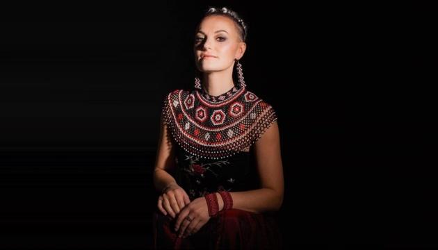 Українська співачка з Польщі збирає мільйонні перегляди у Ютубі