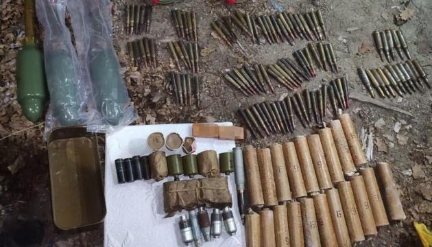 Вблизи Счастья СБУ обнаружила схрон с минами и гранатами