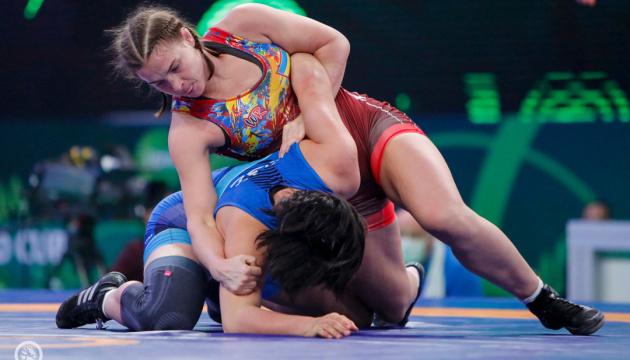 Збірна України посіла друге місце у загальному заліку Кубка світу з жіночої боротьби