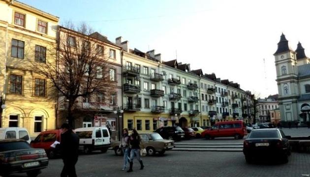 У Франківську відкривають ярмарок для підтримки місцевого бізнесу
