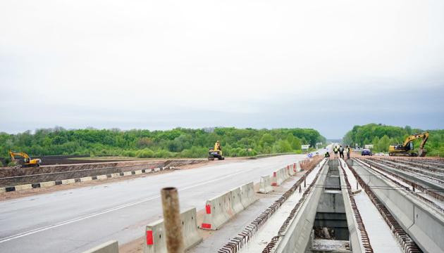 На Житомирщині ремонт доріг виконали на 96,4%