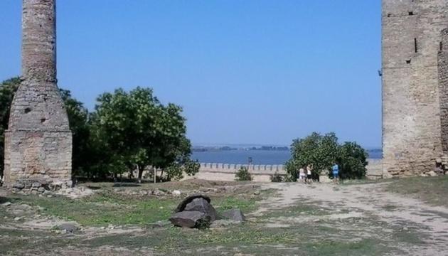 Молдова продала дитячий оздоровчий табір і дві бази відпочинку в Україні