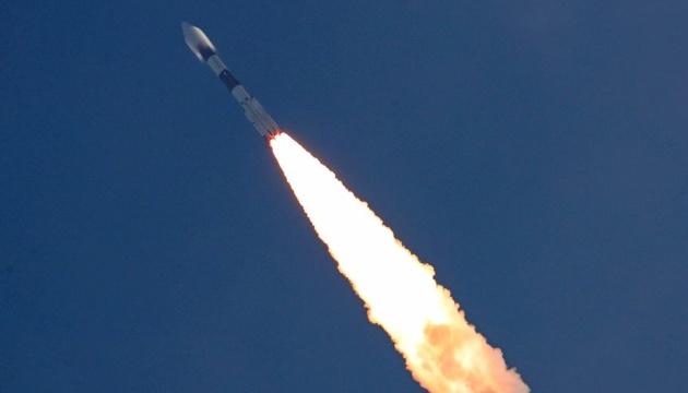 Індія запустила ракету-носій із супутником зв'язку