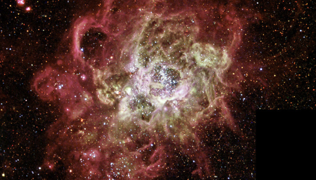 Hubble показал туманность с «новорожденными» звездами