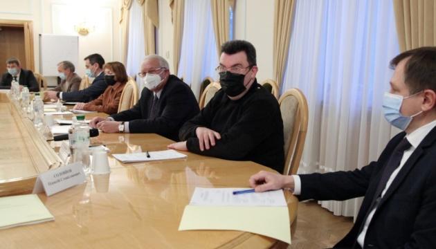В СНБО обсудили перспективы восстановления системы биобезопасности