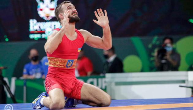 Збірна України стала шостою на Кубку світу з вільної боротьби