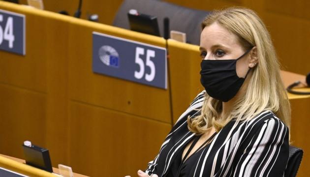 Бельгійська чиновниця «злила» ціни на COVID-вакцини: це може зашкодити переговорам