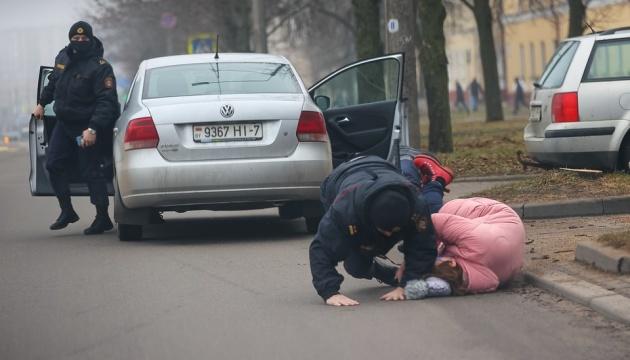 Мінська міліція заявила про затримання близько 100 «найактивніших осіб»