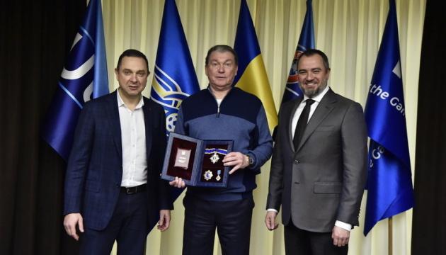 Гутцайт вручил Блохину орден князя Ярослава Мудрого
