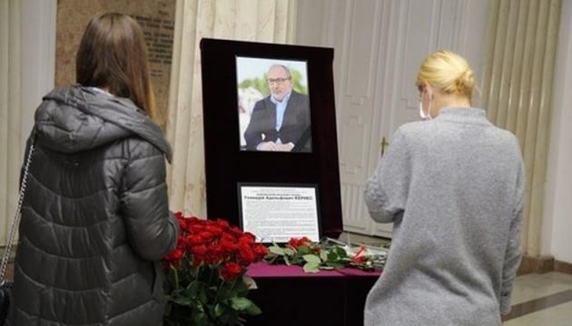 Геннадія Кернеса поховають навпроти Євгена Кушнарьова