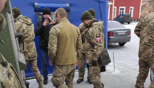 Ostukraine: Gefangener Soldat an ukrainische Seite übergeben