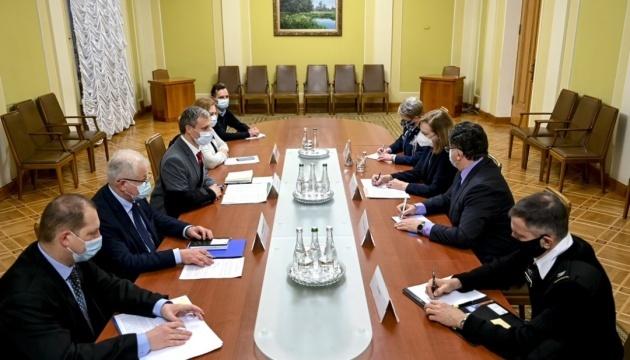 Kyiv offers Washington to draft framework agreement on defense cooperation