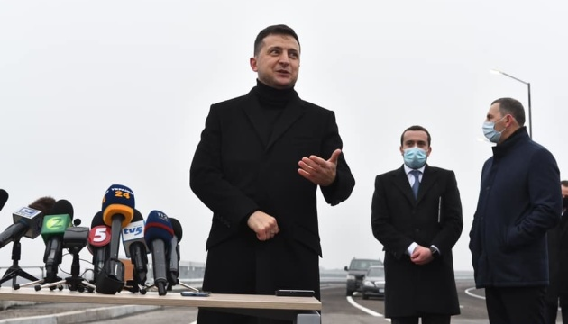 Від Стрия до Покровська: Президент анонсував будівництво найдовшої швидкісної дороги