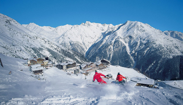 В Австрії запрацювали гірськолижні спуски