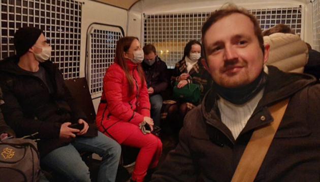 В Петербурге у консульства Беларуси задержали 14 протестующих