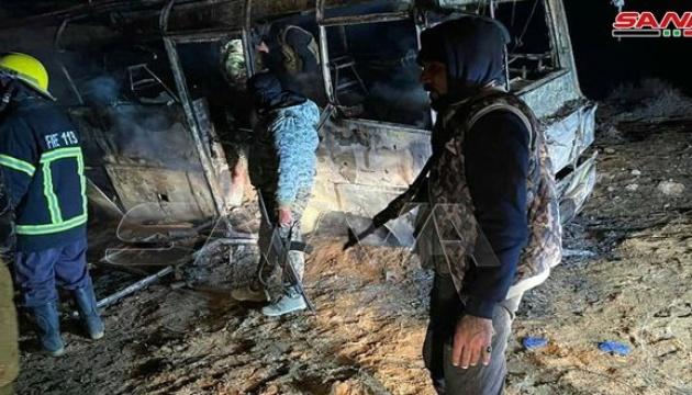 У Сирії терористи напали на автобус – 25 загиблих
