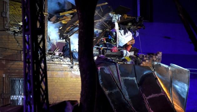 У столиці Латвії стався вибух у житловому будинку: є постраждалі