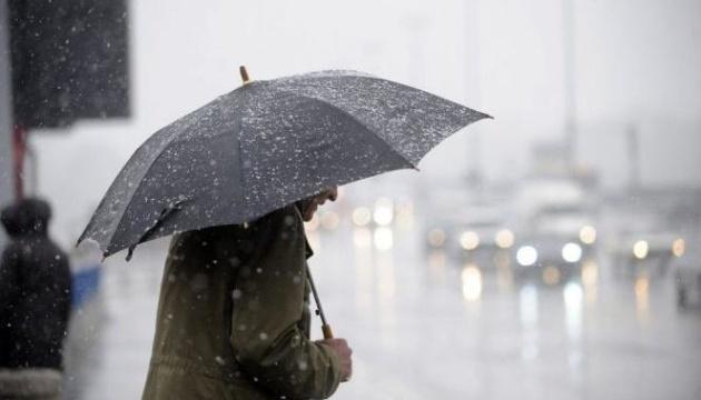 Різдво в Україні буде з «плюсом», дощем та мокрим снігом