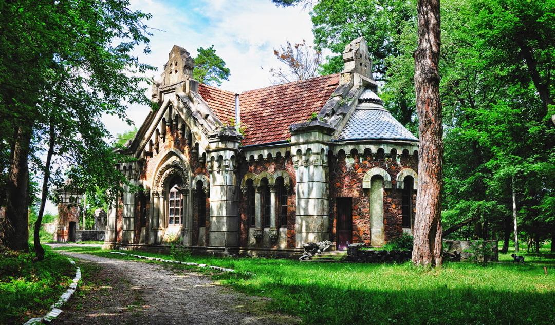 костьол-мавзолей Потоцьких у с.Печера Вінницької області