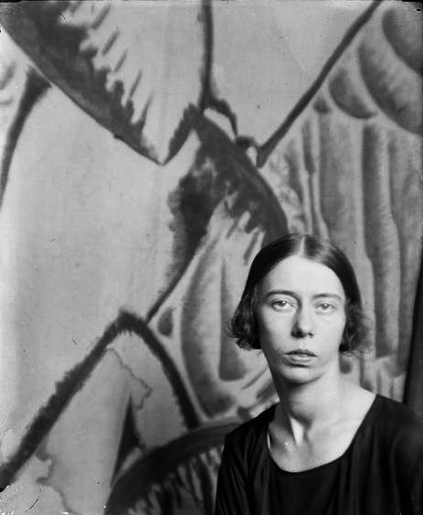 Здрастуй, Париж, фото Ман Рей, 1922 г. А