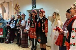 В зону ООС приехал Рождественский вертеп с колядками