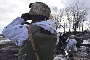 Доба в ООС: сім порушень «тиші», під Мар'їнкою окупанти поранили бійця ЗСУ