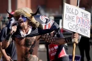 Республіканська партія масово втрачає виборців після штурму Капітолію - The Hill