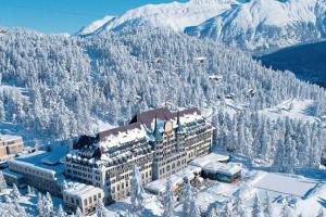 У Швейцарії на фешенебельному курорті знайшли новий штам COVID-19