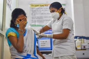 В Індії виявили побічні ефекти після COVID-щеплень у 580 осіб