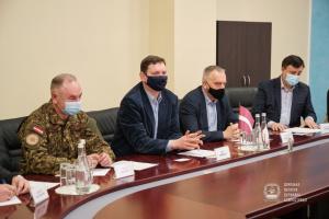 Латвия готова и в дальнейшем принимать на реабилитацию украинских воинов - посол