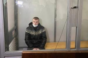 Обвиняемый в убийстве 11-летней Дарьи Лукьяненко порезал себе горло в зале суда