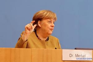 Меркель анонсувала розробку COVID-паспортів у Євросоюзі
