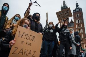 Почему в Польше падает доверие к церкви?