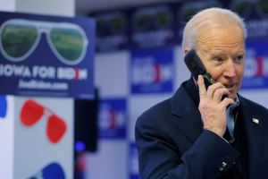 Biden to Putin: U.S. strongly supports Ukraine