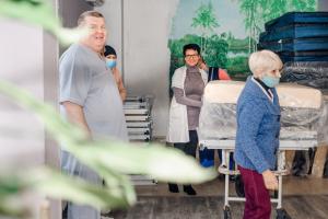 Лікарні в Одесі отримали медичну гумдопомогу зі США в рамках проєкту Support Hospitals in Ukraine