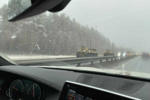 ЗМІ повідомляють про колону бронетехніки на під'їздах до Москви