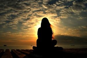 Aujourd'hui marque la Journée mondiale des solitudes