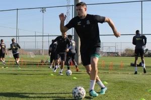 «Олимпик» в матче с пятью голами победил сербский «ТСЦ»